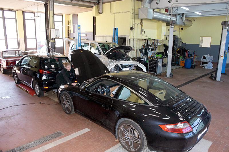 Ihr richtiger Partner für Reparaturen von Fahrzeugen aller Art